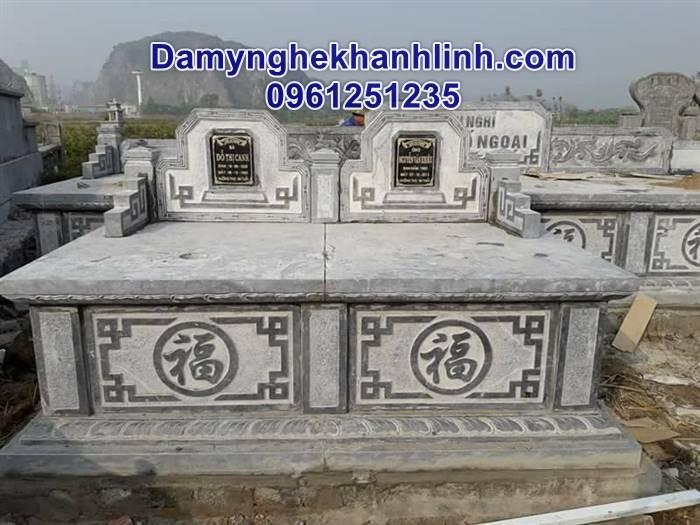 Mẫu mộ đôi bằng đá nguyên khối