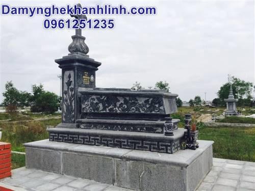 Mẫu mộ đẹp bằng đá của người theo đạo
